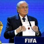 Rusia obtiene la sede para el mundial de fútbol del 2018 y Qatar para el del 2022