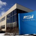RIM en graves problemas. Sus ventas caen, accionistas se van y ejecutivos se marchan con otras compañías.