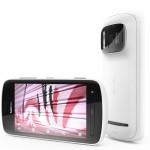 Nokia presenta su nuevo teléfono PureView 808. Viene con Symbian Belle y tiene una cámara de 41 megapíxeles.